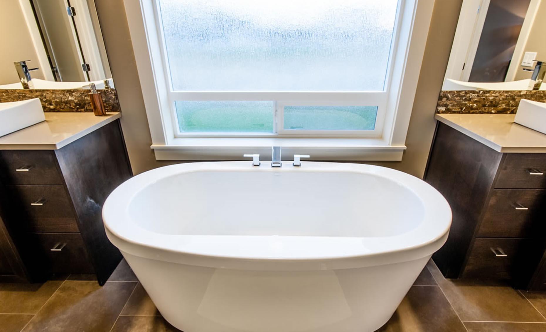 The Braveland House Master Bathroom