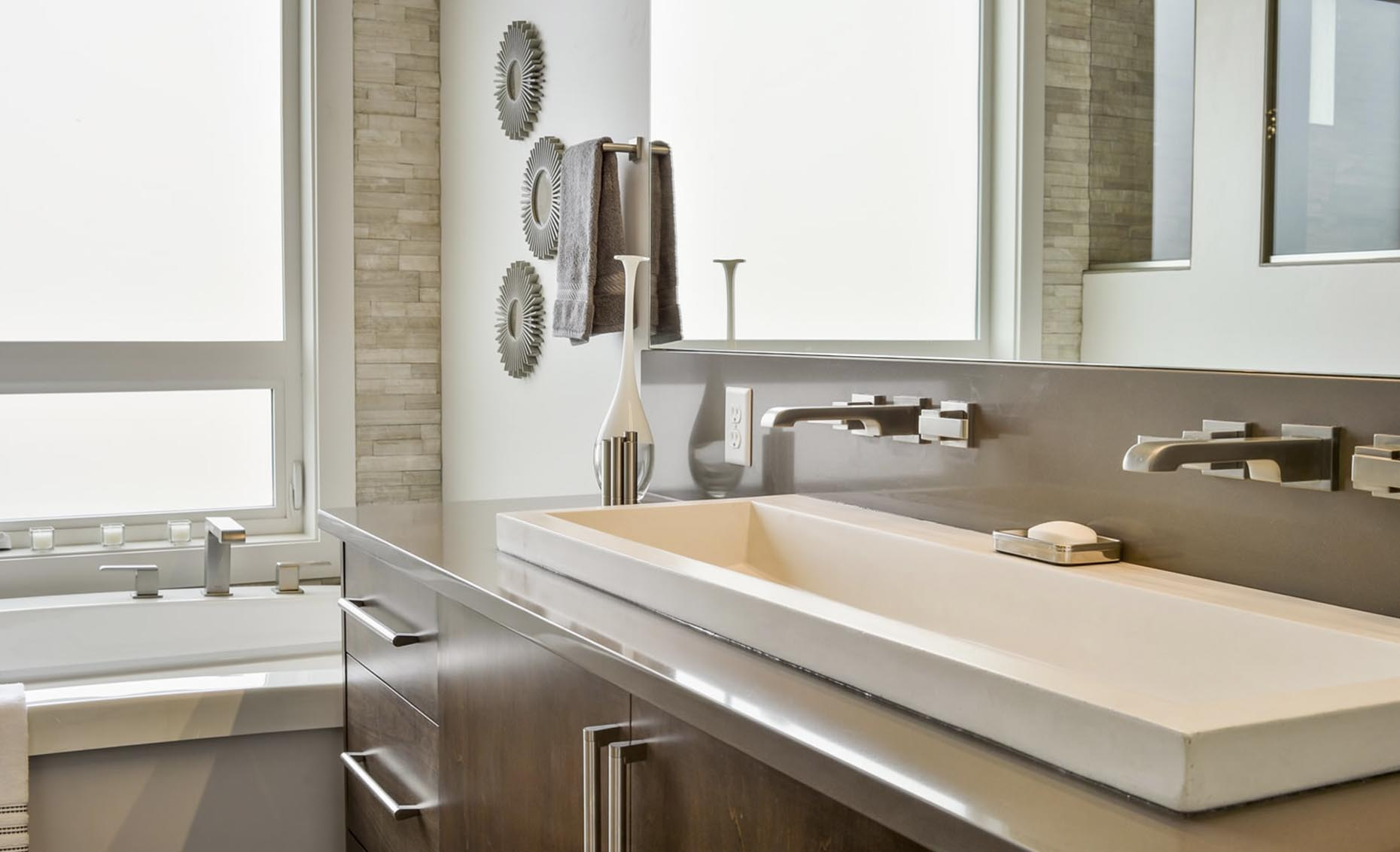 The Salmon Falls House Master Bathroom Sinks